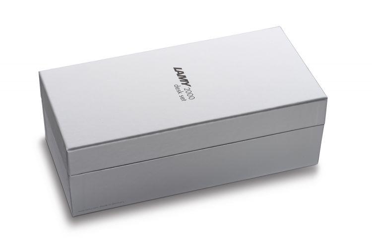 Подарочный набор Lamy: Ручка шариковая Lamy 203 2000 с подставкой, Черное дерево