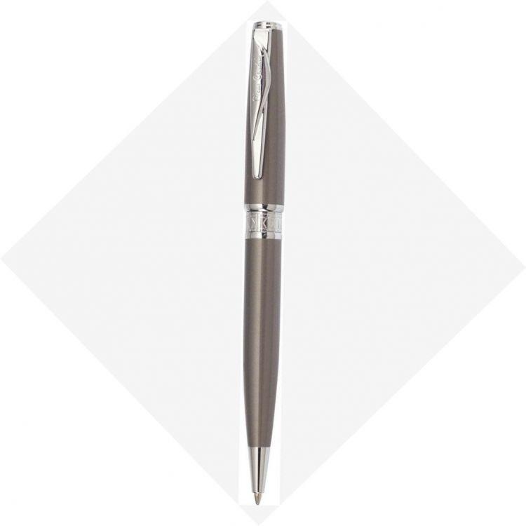 Шариковая ручка Pierre Cardin SECRET Business. Корпус  - латунь и лак. Отделка и детали дизайна -  сталь, хром. Цвет - перламутровый бежевый. Упаковка