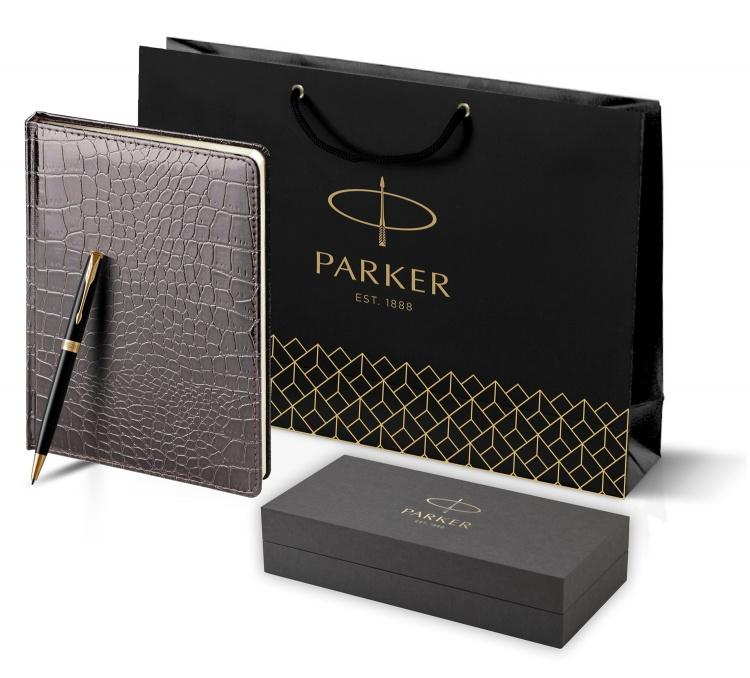 Подарочный набор Parker: шариковая ручка Parker Sonnet и ежедневник коричневого цвета с имитацией под кожу рептилии