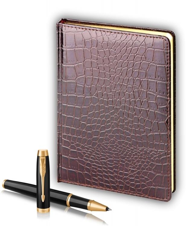 Подарочный набор Parker: ручка-роллер Parker IM Metal Black GTи ежедневник коричневого цвета с имитацией под кожу рептилии