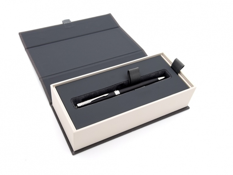 Подарочный набор: Ежедневник недатированный и Шариковая ручки Parker Sonnet Black CT