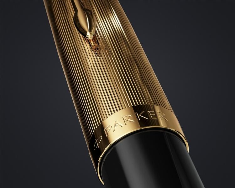 Перьевая ручка Parker 51 DELUXE BLACK GT, перо F
