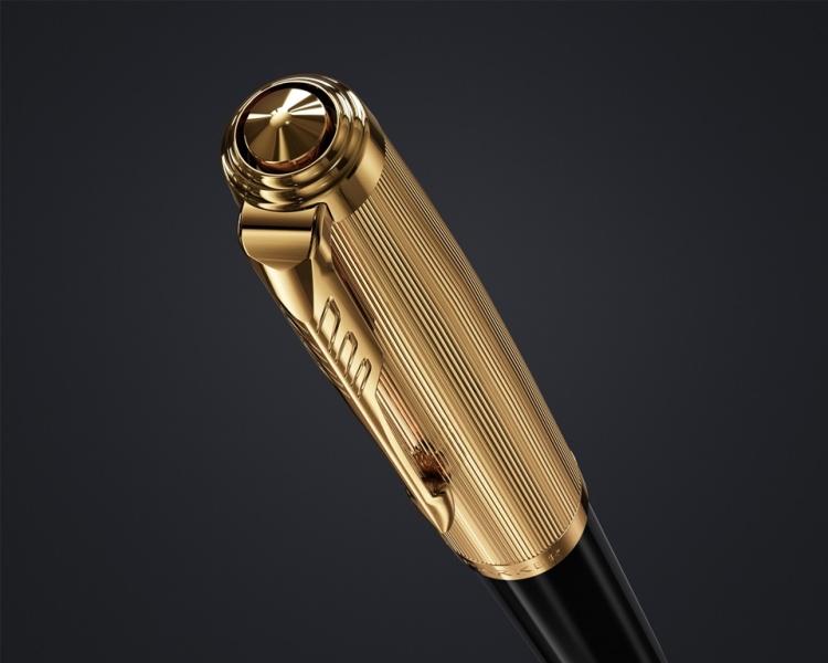 Шариковая ручка Parker 51 DELUXE BLACK GT, цвет чернил черный