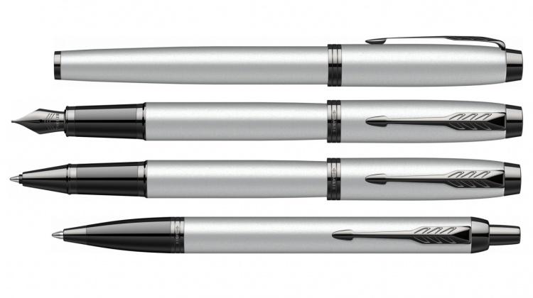 Шариковая ручка Parker IM GREY BT  , стержень Mblue в подарочной упаковке