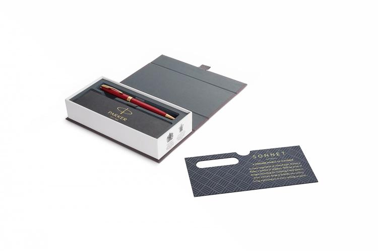 Шариковая ручка Parker Sonnet , Lacquer Intense Red GT