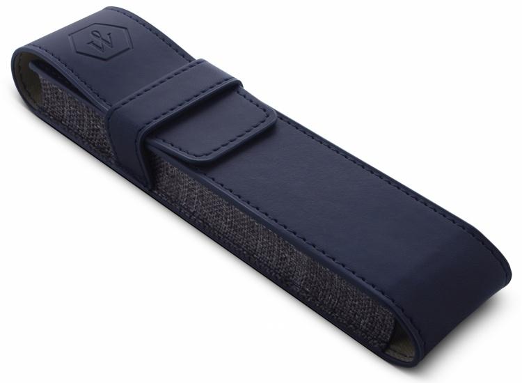Подарочный набор Шариковая ручка Waterman Hemisphere Entry Point Stainless Steel with Black Lacquer с чехлом
