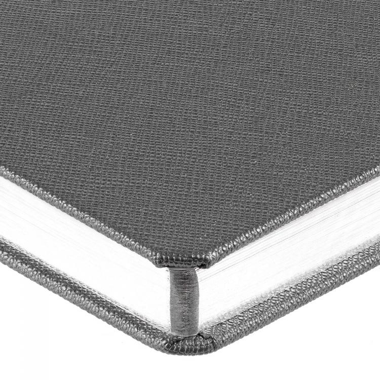 Подарочный набор:Шариковая ручка Waterman Perspective Silver CT и Ежедневник Brand недатированный черный