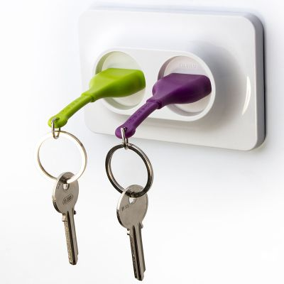 DF20161640 Qualy. Двойной брелок+держатель для ключа unplug фиолетовый