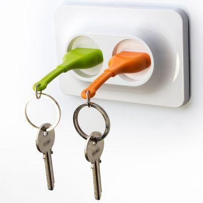 DF20161638 Qualy. Двойной брелок+держатель для ключа unplug оранжевый