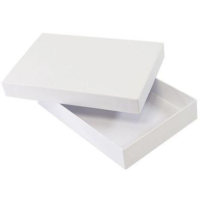 HG1509640 Rusgifts. Коробка подарочная складная,  белый, 16*24*4  см,  кашированный картон, тиснение