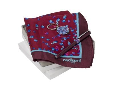 OA200302657 Cacharel. Подарочный набор Blossom: брелок с USB-флешкой на 16 Гб, шелковый платок, ручка-роллер. Cacharel