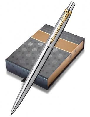1953182cover Подарочный набор: Шариковая ручка Parker Jotter Steel K691 и чехол, цвет: St. Steel GT